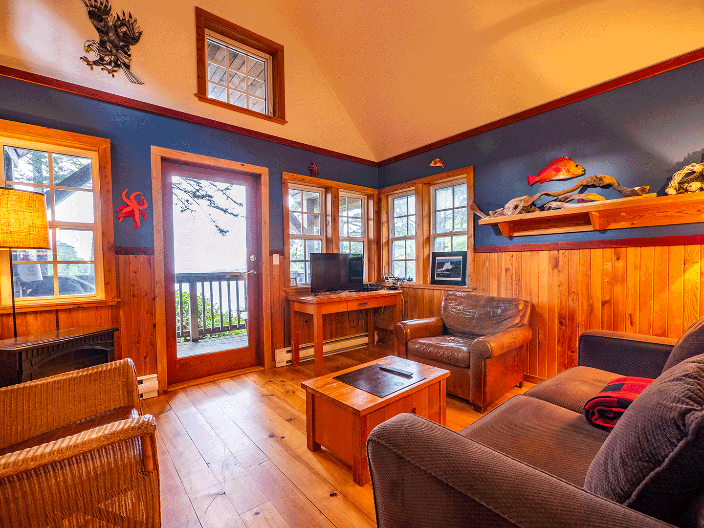 ocean front vacation rentals in ucluelet - karma
