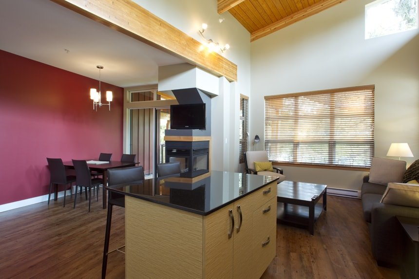 Sabbatical One Bedroom - Ucluelet Spring Cove Accommodation
