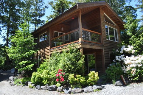 rainforest vacation rentals in ucluelet - Portside